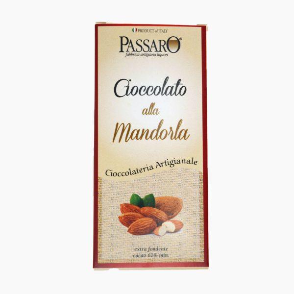 cioccolato alle mandorle